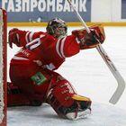 КХЛ: TOP-5 лучших сэйвов недели начала ноября 2011 (Видео)